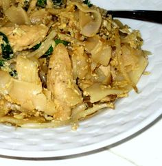 flat rice noodle attempt Recipe - http://www.dessertsqueen.com/flat-rice-noodle-attempt-recipe/