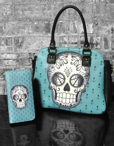 Sugar Skull purse Blanca - Handbags & Wallets - http://amzn.to/2hEuzfO