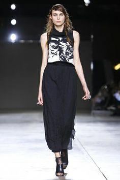 Fashion East Ready To Wear Fall Winter 2014 London - NOWFASHION
