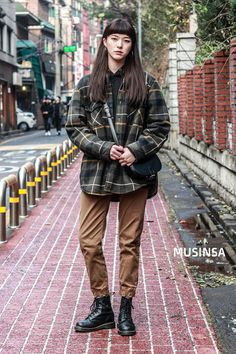 #MUSINSA street #Kmodel Winter style 2017 Asian Fashion, Look Fashion, Winter Fashion, Girl Fashion, Fashion Outfits, Womens Fashion, Mode Outfits, Winter Outfits, Casual Outfits