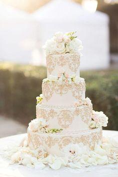 Gorgeous White Wedding Cake And Flowers / http://www.deerpearlflowers.com/amazing-wedding-cake-ideas/5/