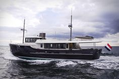 Most yachts are built to look as futuristic as possible. The Hartman Livingstone 24 Yacht is happily inspired by the past. In a nod to classic cruisers, the 79-foot vessel's exterior wouldn't look out of place in the 1930s. Unlike...