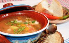 Retete Culinare - Borș cu rădăcinoase și rasol de vită