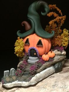 :: Crafty :: Clay ☾☾ Halloween ☾☾ Polymer Clay Halloween House by missfinearts