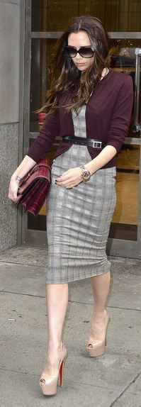 Victoria Beckham - this chick knows how to dress.... i want to be like her when i grow up!!