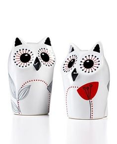 Adorable owl salt and pepper shakers!!