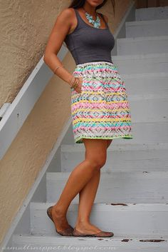 A Small Snippet - a short lined skirt with pockets - a tutorial