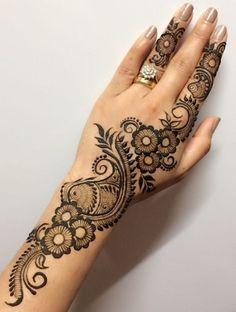 Mehndi is something that every girl want. Arabic mehndi design is another beautiful mehndi design. We will show Arabic Mehndi Designs. Easy Mehndi Designs, Henna Hand Designs, Mehandi Designs, Mehndi Designs Finger, Mehandi Design For Hand, Mehndi Design Photos, Mehndi Designs For Beginners, Mehndi Designs For Fingers, Beautiful Mehndi Design