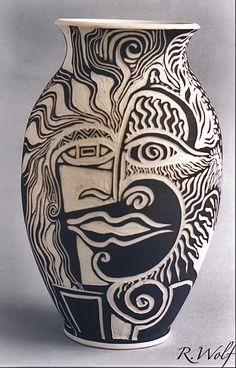 Baluster sgraffito vase – Rachel Wolf
