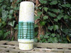 Fat Lava Vase Vintage VEB Strehla No. 3015 – 1960s 50s East (!) German GDR Pottery – Yellow Green White – Mid Century Modernist Home Décor von everglaze auf Etsy