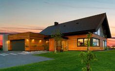 Przedstawiamy wyniki głosowania na najładniejszy dom spośród dwunastu prezentowanych w naszym miesięczniku Ładny Dom w 2013 roku realizacji polskich domów. Najczęściej wybieraliście publikowany w czerwcowym wydaniu  - Dom z widokiem na zieloną dolinę. Gratulacje dla pracowni projektowej Studio S Biuro Architektoniczne! Dziękujemy wszystkim za udział w głosowaniu - łącznie oddaliście 8616 głosów! Przedstawiamy w kolejności domy, które uplasowały się za czerwcowym zwycięzcą.