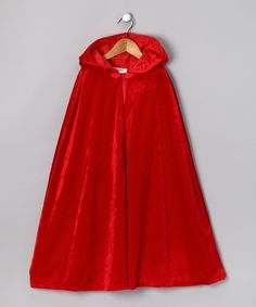 Red Hooded Cloak- if I ever have a daughter, I'll have to make something like this! (No tutorial)