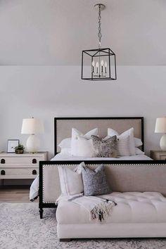 Stylish modern bedroom sets 2018 exclusive on dandj home decor Modern Master Bedroom, Master Bedroom Design, Trendy Bedroom, Cozy Master Bedroom Ideas, Master Bedrooms, Bedroom Designs, Modern Headboard, Master Suite, Tranquil Bedroom