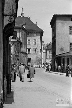 Stolarska połowa lat XX w. Krakow Polen, Thessaloniki, Planet Earth, Old Photos, Ww2, Poland, Planets, Nostalgia, Street View