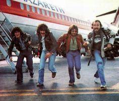Nazareth fresh of the plane. 70s Music, Music Film, Rock Music, Rock And Roll Bands, Rock Bands, Rock Artists, Music Artists, Nazareth Hair Of The Dog, Rockn Roll