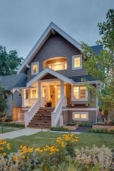 27 ideas for stairs design exterior craftsman style Craftsman Style Homes, Craftsman Bungalows, Craftsman Exterior, Style At Home, Future House, Suburban House, House Goals, My Dream Home, Curb Appeal
