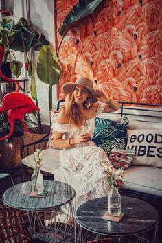 ladies fashion ideas which look amazing. Miami Nightlife, Miami Restaurants, Miami Fashion, Boho Fashion, Fashion Design, Fashion Ideas, Ladies Fashion, Fashion Styles, Dress Fashion