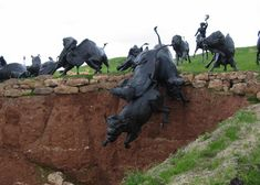 Monumental sculpture 'Lakota bison Jump' by Peggy Detmers, can be seen at Tatonka near Deadwood SD South Dakota Vacation, April Vacation, Deadwood South Dakota, Dances With Wolves, Kevin Costner, Roadside Attractions, Vacation Spots, Vacation Ideas, Bison