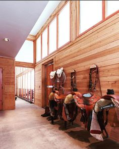 Horse Barn Decor, Horse Barn Designs, Horse Barn Plans, Pole Barn House Plans, Pole Barn Homes, Dream Stables, Dream Barn, Horse Stables, Horse Barns