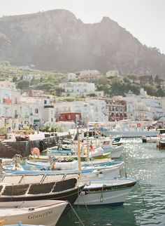 An Island Escape in Capri   photography by http://www.lauraivanova.com/