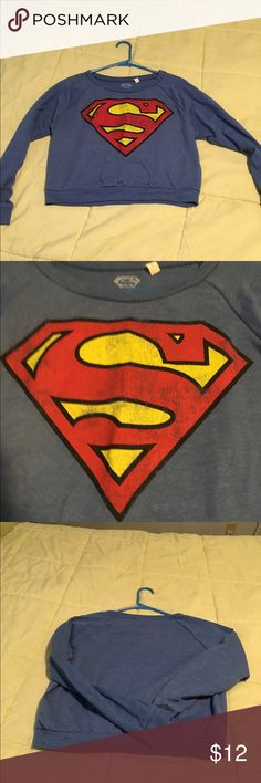 Superman crop top This superman top is pre-loved but in great condition. It is longsleeved and a beautiful royal blue color. Dc comics Tops Crop Tops