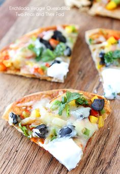 Top these Open-Faced Enchilada Veggie Quesidillas with greek yogurt instead of sour cream for a healthy, creamy twist!