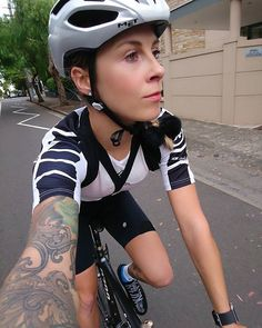 Juliet Elliot | G'day! I'm in control of the @assosofswitzerland IG for three days so give them a follow to see what I'm up to down under.  #cycling #womenscycling #ilovesydney #visitnsw