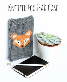 Knitted-iPad-Case-Fox-Design