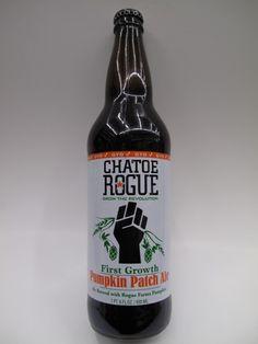 Cerveja Chatoe Rogue First Growth Pumpkin Patche Ale, estilo Pumpkin Ale, produzida por Rogue Ales Brewery, Estados Unidos. 5.2% ABV de álcool.