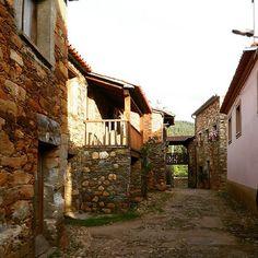 #janeirodecima #fundão #myeverydaylife #travel #Portugal #aldeiasdexisto #aldeiasdeportugal | Flickr - Photo Sharing!