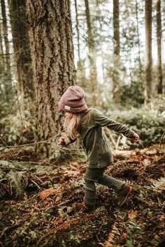 Tubes - Knit Merino Wool Leggings: Fort Greene Moss - Biddle and Bop Knit Leggings, Leggings Are Not Pants, Trekking Outfit, Hiking Photography, Fall Photos, Kind Mode, The Great Outdoors, Cute Kids, Kids Fashion
