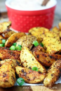 Cajun Roasted Potatoes with Creole Dipping Sauce Recipe: Potato wedges are coated in a mixture of Cajun spices, then dipped in a creamy Creole-style dipping sauce in this spicy side dish everyone will love! Healthy Dessert Recipes, Spicy Recipes, Potato Recipes, Appetizer Recipes, Soup Recipes, Salad Recipes, Cajun Potatoes, Garlic Roasted Potatoes, Food Dishes