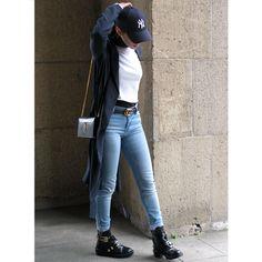 URBAN ATTITUDE 👖  #Balenciaga #Gucci #YSL #NYCap #StreetStyle