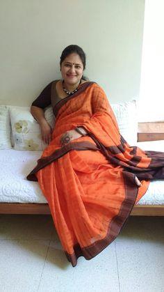 Bengal Fulia saree or Phulia saree Beautiful Girl Indian, Most Beautiful Indian Actress, Beautiful Saree, Assam Silk Saree, Bengal Cotton Sarees, Girl Number For Friendship, Aunty In Saree, Indian Wife, Saree Models