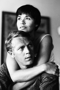 Steve McQueen with his wife Neile, photographed by Leonard McCombe, 1961. 妻Neileとスティーブ·マックィーン