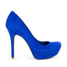 One of my fave colors on EVERYTHING! And the shoes are just fab...