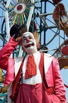 luluzinha kids ❤ parque de diversões - Vintage Clown