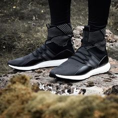 Minimal design meets performance technology. The Y-3 Sport Reflect features BOOST technology for a stronger run. #Y-3 #BOOST