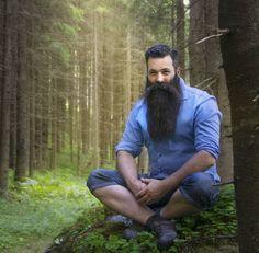 Nothing like an awesome beard in the woods! Great Beards, Awesome Beards, Hairy Men, Bearded Men, Straight Razor Shaving Kit, Beard Boy, Short Beard, Epic Beard, Beards