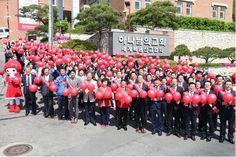 서울동대문 하나님의교회(안상홍증인회)에서도 4월 23일 헌혈행사가 열렸다. 이날 생명나눔 현장에는 동대문구, 광진구, 중랑구, 노원구, 도봉구, 강북구, 성북구 거주민 약 480명이 함께했다.