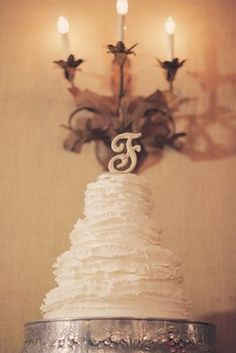 Rustic southern wedding cake (photo by Gideon Photography)