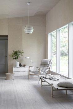 my scandinavian home: Revisting Minna's Serene Finnish Cabin Scandinavian Decorative Pillows, Scandinavian Home, Living Room Inspiration, Interior Inspiration, Living Room Grey, Living Room Decor, Plywood Wall Paneling, Wall Panelling, Wood Interiors