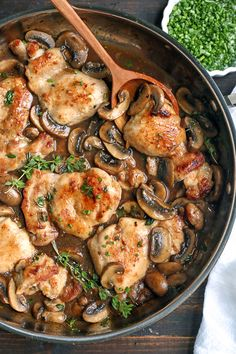 This Paleo Creamy Mushroom Chicken is a one-pot meal that is so satisfying and flavorful. Juicy chicken, tender mushrooms and a luscious sauce. It's Whole30, gluten free, dairy free, and low carb. #paleochicken #creamychicken #healthy #easyrecipe #dairyfree | realfoodwithjessica.com @realfoodwithjessica Kitchen Recipes, Paleo Recipes, Real Food Recipes, Chicken Recipes, Paleo Meals, Skillet Recipes, Keto Chicken, Healthy Chicken, Turkey Recipes