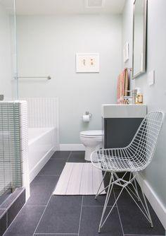 4-banheiro-branco-e-cinza-moderno