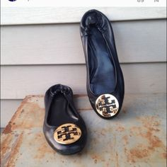 Used Black Leather Tory Burch Ballet Flats Size 8 So chic! Tory Burch Shoes Flats & Loafers