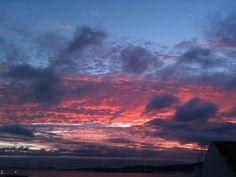 Nubes de colores que parecen de otro mundo #sunset #atardecer