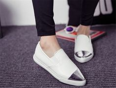http://www.aliexpress.com/item-img/Metal-Pointed-Transparent-Ballet-Flat-Women-s-Ladies-Shoes-Low-heeled-Shoes-Retro-Casual-Shoes-Women/32287441806.html