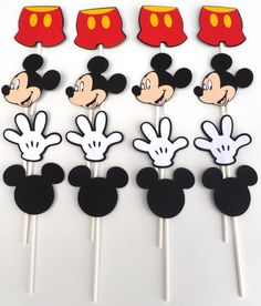 16 Mickey Mouse Themed Cupcake Toppers Mickey por ScrapsToRemember