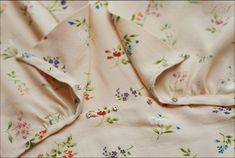 Love the fabric on this 1940's pattern