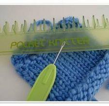 Knitting a Flat Panel on a Loom